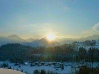 Sonnenaufgang in den Bergen erleben - von Ihrer Wohnung aus