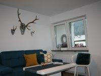 1b-106-alpenflair-gemuetliche-couch