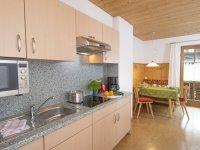 Küchenzeile mit Essplatz Wohnung 2