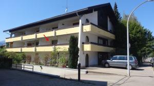 Oberstdorf, Alpgaustraße 3