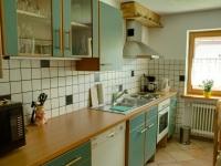 Küche der Wohnung mit Garten