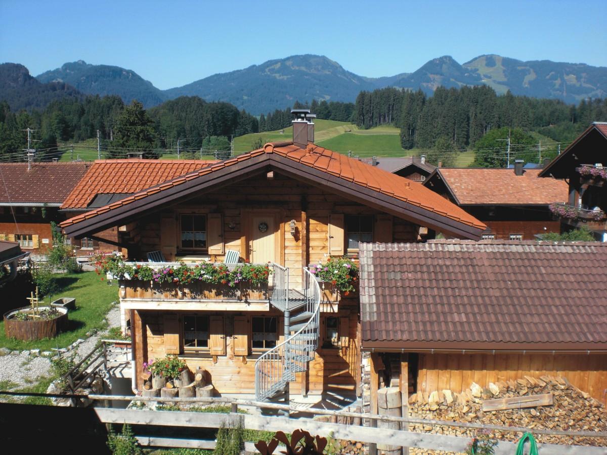 Holzhaus mit Garten - Fewo. mit Eingang Außentreppe