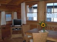 Wohnbereich im massiven Holzhaus
