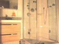 Sep. Dusche mit Fön
