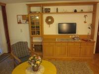 Wohnzimmer mit dig. Sat-TVRadio/CD Telefon