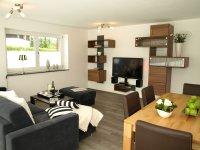 Wohnzimmer Edel-Weiß