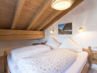 10Ferienwohnung23 Oberstdorf Schlafzimmer