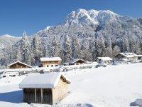 Winterbild Balkon 2+4