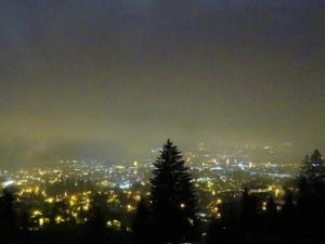 Auch bei Nachtskitouren ist eine Fotokamera wichtig