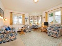 Alpenrose Wohnzimmer mit Erker