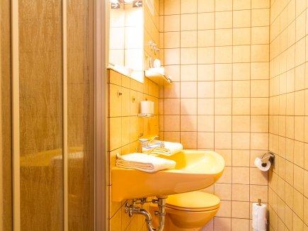 Enzianwurzel Badezimmer