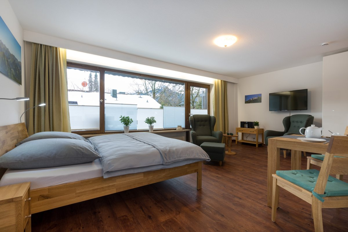 ferienwohnung rehm. Black Bedroom Furniture Sets. Home Design Ideas