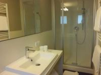 Bad mit WC - Wohnung 2