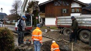 Behebung des Wasserrohrbruchs