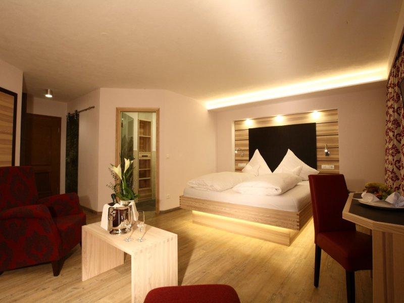 Doppelzimmer Komfort Plus -Wohnbeispiel-