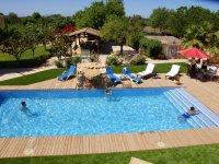 Garten und 13 x 5m Pool