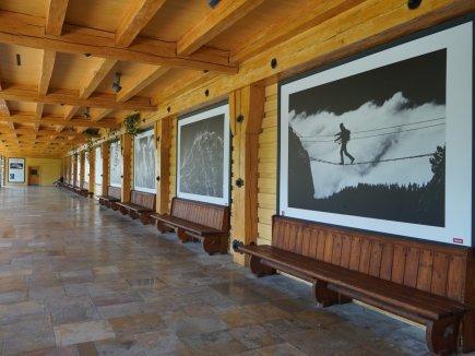 Besuch Oliver Richter - Ausstellung Dachsteinfarbe:Schwarzweiß