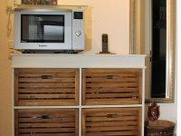 Küchenschrank mit Mikrobackofen