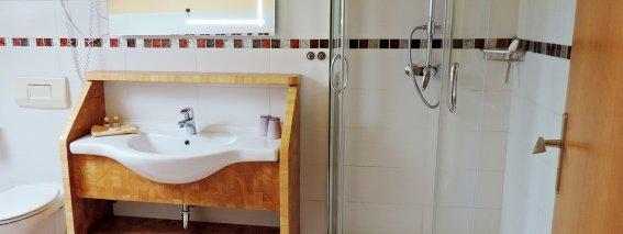 Badezimmer Ferienwohnung Rottachberg