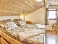 Gemütliches Schlafzimmer in Komforthöhe Fewo Nr.1