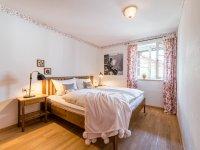 Schlafzimmer Ferienwohnung Rot