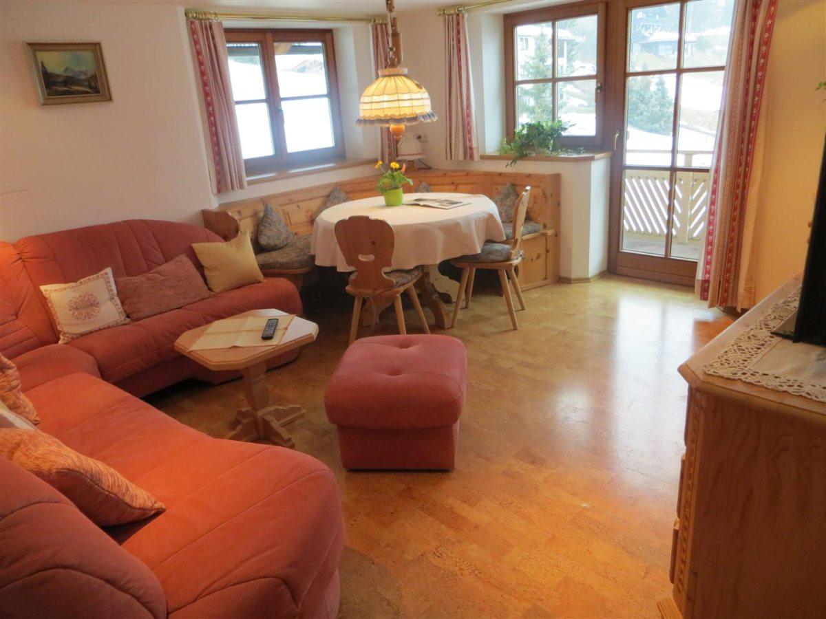 Ferienwohnung Panorama - Wohnzimmer
