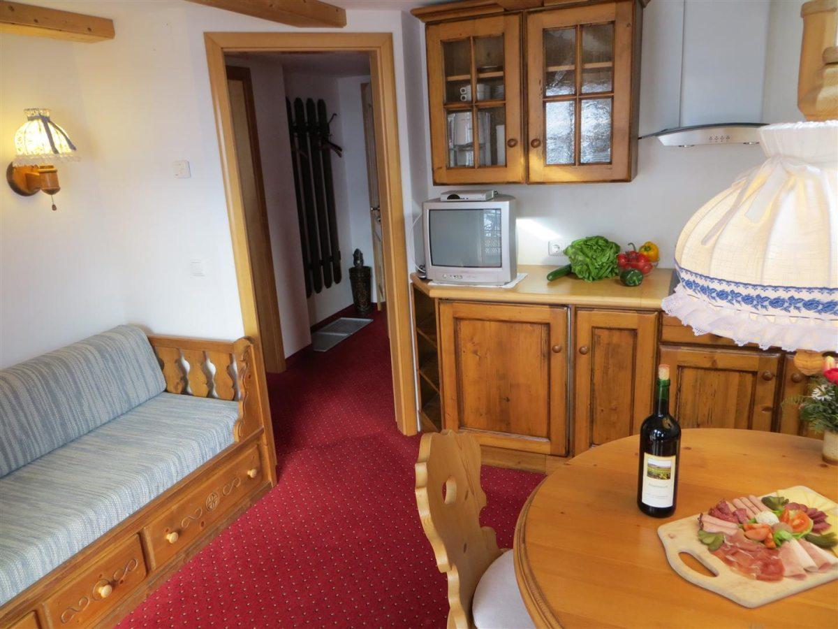 Ferienwohnung Widderstein - Wohn- und Küchenbereich