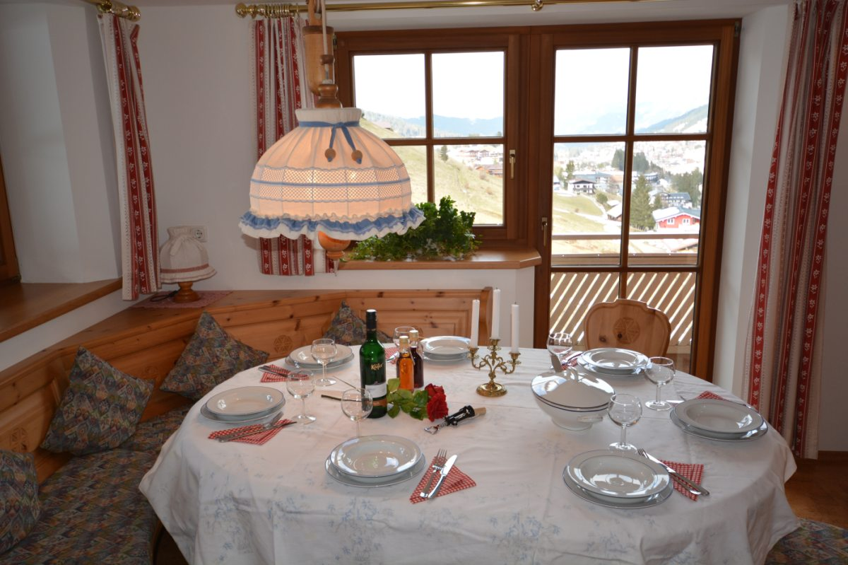Ferienwohnung Panorama Esstisch