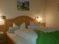 2 Sonnenschein Schlafzimmer