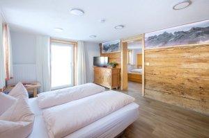 Ferienwohnung Mittag Wohn- Schlafzimmer