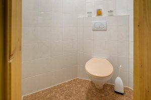 Extra Toilette in Edelweiß