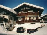 Haus Stein im Winter