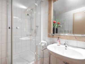 Ferienwohnung Straussberg Badezimmer
