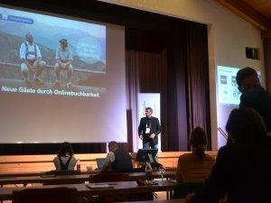 Vorträge im Plenum (c) Gastgeber Digitalforum