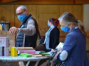 Teilnehmer an den Aussteller Ständen (c) Gastgeber Digitalforum