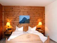 Spielmannsau Doppelzimmer Kat 40 Hotel Pension IMG 4166