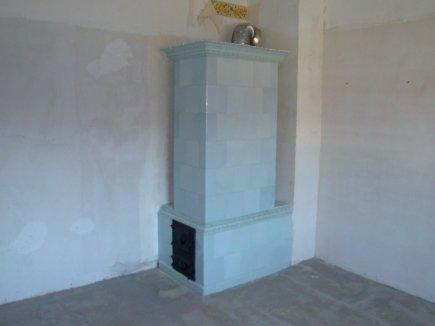 Eine leeres DZ Burton mit altehrwürdigem Ofen