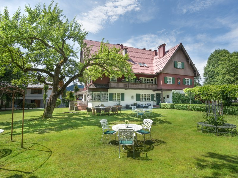 Geldernhaus mit Sommergarten
