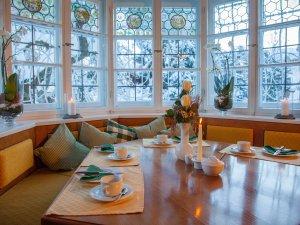 Frühstückstisch mit Ausblick