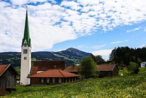 POI-Kirche St. Blasius Vorderburg-Akamsmedien