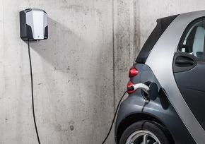 Laden des Elektroautos im eigenen Zuhause mit der AllgäuStrom Heimladebox