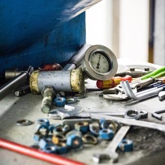 Werkzeug beim Umbau des Wasserkaftwerks Warmatsgund