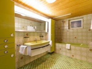 Badezimmer Bergsteigerzimmer