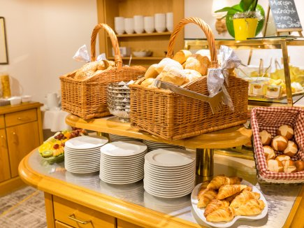 Große Brotauswahl unseres Bäckers