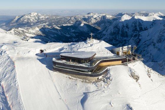 Blick auf die neue Gipfelstation