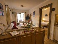 Wohnzimmer Heckenrose