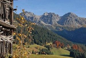 Herbstliches Bergpanorama