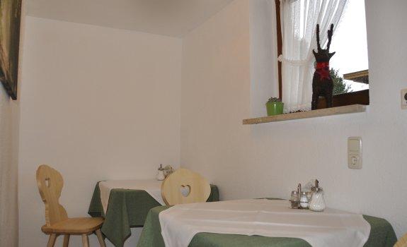 Frühstücksraum Nebenraum 00001