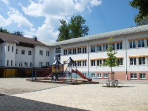 Schulgebäude (3)