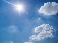 Sonniger Wolkentag